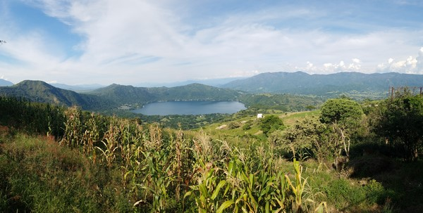 Vue lac de santa maria del oro