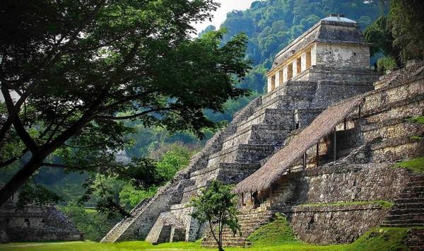 pyramide de palenque au mexique